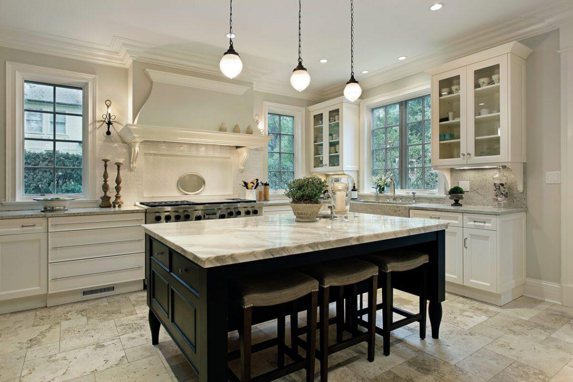 Modern kitchen shaker cabinets
